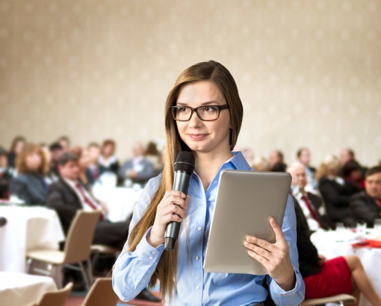 Public Speaking - A World Of presentations Without PowerPoint