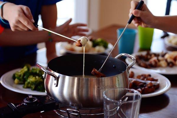 #Fondue - History Information Tips And Recipe #Swiss #Food #FrizeMedia