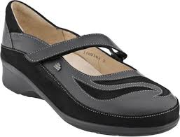 Comfort Shoes For Women - Sponsor Our Informative Pages With Your Products And Business - FrizeMedia - Charles Friedo Frize