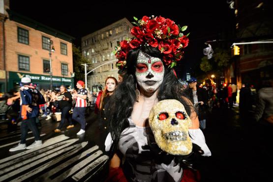 #Halloween - Freaky Halloween Ideas And Scary Costumes #FrizeMedia