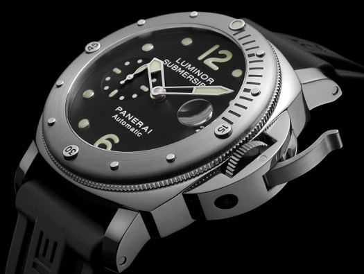 Military Watches - Swiss Army Watch #Frizemedia