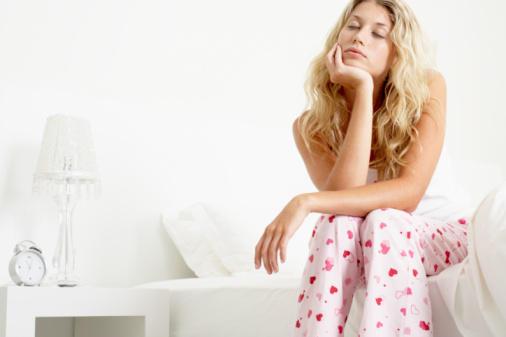 Low Testosterone Women - Causes Of Low Testosterone And Symptoms #Frizemedia